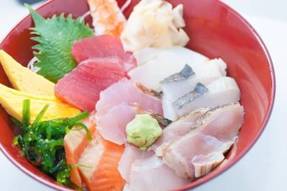 鮮魚の琉球 海鮮丼